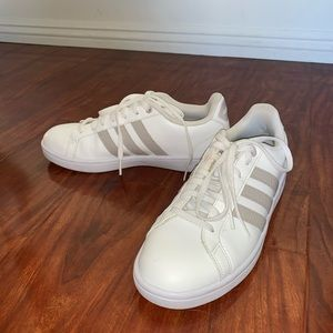 Adidas Grand Court snakeskin size 8.5 worn ONCE